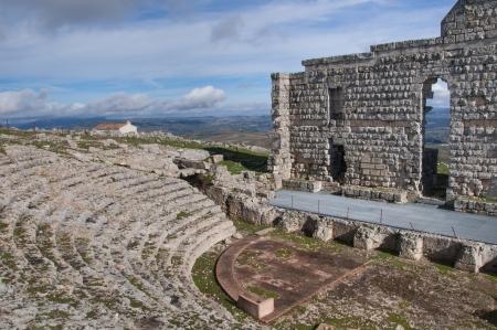 roman amphitheatre: Acinipo, anfiteatro romano Foto de archivo