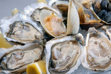 aphrodisiac: Oysters in ice with a lemon and sauce