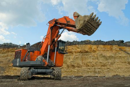 dredging tools: The big dredge digs the earth
