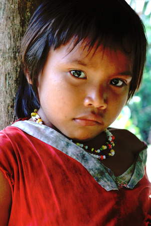 translates: A girl portrait in the Orinoco River. The Warao are an indigenous people inhabiting northeastern Venezuela and western Guyana. Alternate common spellings of Warao are Waroa, Guarauno, Guarao, and Warrau. The term Warao translates as the boat people, aft