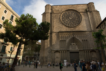 Spain, Catalonia, Barcelona, Placa del Pi next to Santa Maria del Pi church. In the Middle Ages, Barcelona became the Ciutat Comtal (Count's City) and its political importance increased. It became the seat of the main political institutions in Old Catal