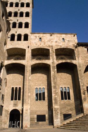 gotico: Palau Reial Major (Grand Royal Palace) en la plaza del Rei (Plaza del Rey) El barrio Gótico, Barcelona, ??España. En la Edad Media, Barcelona se convirtió en la Ciutat Comtal (Conde de la ciudad) y su importancia política aumentaron. Se convirtió en la sede del Politi principal Editorial