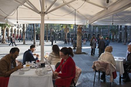 gotico: Reastaurants en Plaza Real o la Plaza Real, Barrio Gótico, Barcelona, ??Cataluña, España