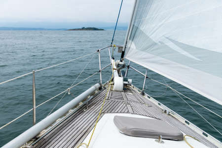 sea view from the deck of a white sailing yacht, cruise travel concept, sea vacation Banque d'images