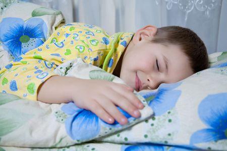 甘い夢とおとぎの世界の子供の夢