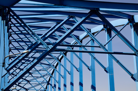 Geometric pattern of metal bridge trusses