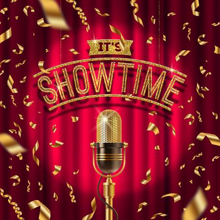 """""""Es Showtime"""" letrero de oro y Retro micrófono en el escenario en foco contra el fondo de cortina roja y confeti de oro. Ilustración del vector."""