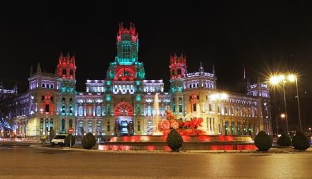 palacio de comunicaciones: Cibeles Fountain and Palacio de Comunicaciones, Madrid, Spain