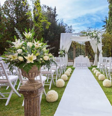 venue: Beautiful bouquet vase for wedding decorations.