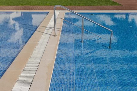 handrails: Handrails to enter the pool. For tourists.