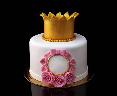 Cake with a crown for the girls birthday.
