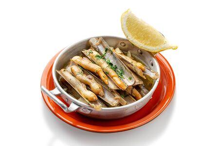 Razor clams with lemon Algarve recipe.