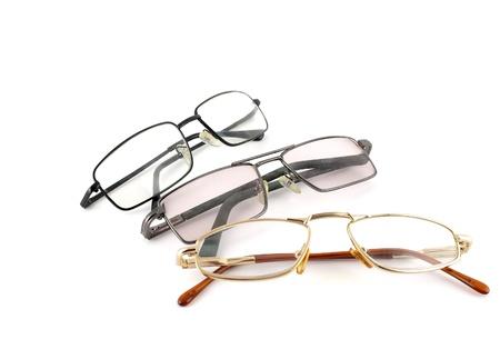 Drie optische glazen op een witte