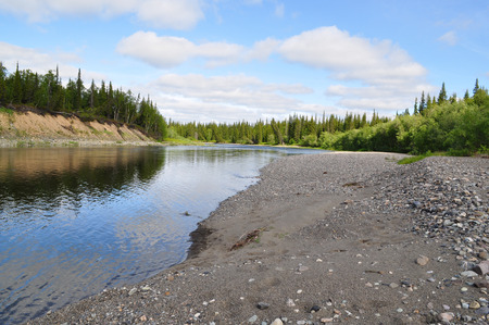 urals: Pebble beach North of the river. The river Lemva, Republic of Komi, Polar Urals, Russia. Stock Photo