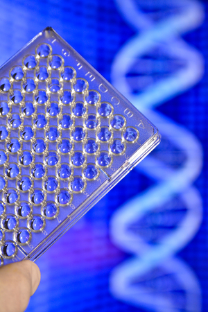 metodo cientifico: DNA testing in genetic laboratories. Biological scientific equipment.
