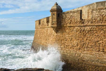 Fort in Cadiz. View of the Spanish city on the Atlantic coast. 版權商用圖片