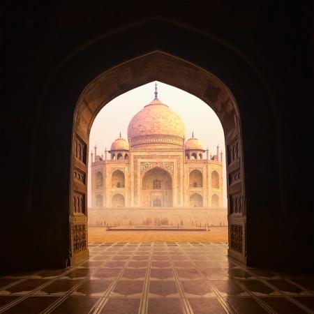mausoleum: Taj Mahal India