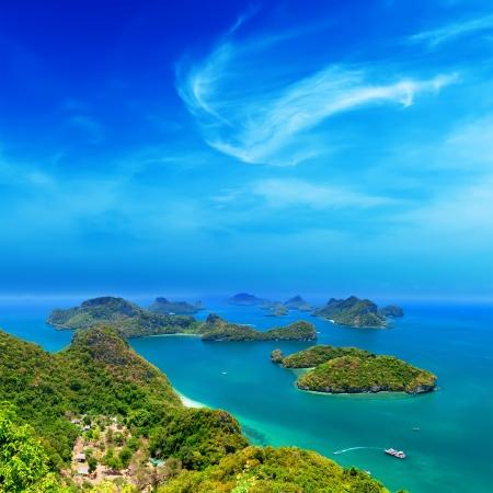 코 사무이 인근의 열대 섬 자연, 태국 바다 열도 공중 파노라마보기 앙 통 국립 해양 공원