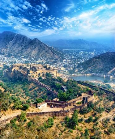 Inde Jaipur Fort d'Amber au Rajasthan indien antique architecture des palais de la vue panoramique vertical Banque d'images - 21232062