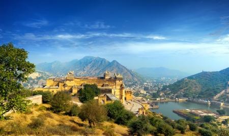 Inde Jaipur Fort d'Amber au Rajasthan indien antique architecture de palais coucher du soleil vue panoramique Banque d'images - 21232071