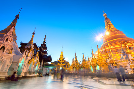 Shwedagon Pagoda in Yangon, Myanmar (Burma) 스톡 콘텐츠