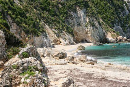 Beautiful wild beach on the island of Kefalonia. Greece Foto de archivo