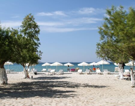 Beautiful sandy beach of the island of Kos. Greece Foto de archivo