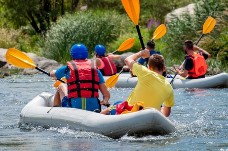 Rafting. Exciting and extreme sports for family and corporate recreation. Banque d'images