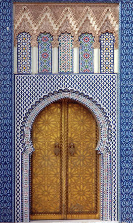 Traditional and artisanal door in Morocco Stockfoto