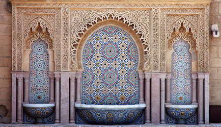 Beautiful handcrafted fountain in Morocco Stockfoto