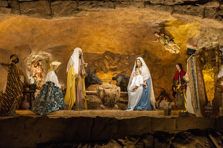 presepe: Italian Christmas Nativity Display, Rome, Italy. .