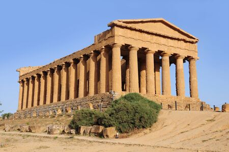 Valley of the Temples  Agrigento  Sicily Imagens - 16936997
