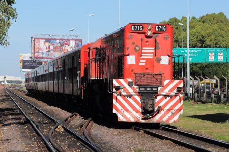 suburbian: Passenger train arrives to R  S  Ortiz station on April 14, 2013 in Buenos Aires, Argentina   Editorial