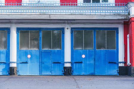 Doors of the garage. 免版税图像