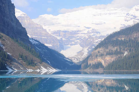 Lake Louise in Banff National park. Canada. 免版税图像
