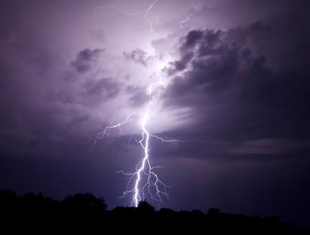 Lightning Bolt Strike Zdjęcie Seryjne - 38270100