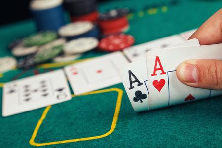 poker: Poker Aces pair