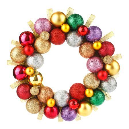 circulo de personas: Guirnalda de la Navidad colorida con bolas aislados en el fondo blanco Foto de archivo
