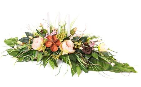 flower arrangement to greeting loved ones