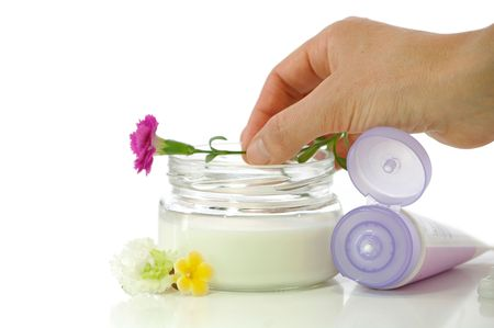 Cosmetic cream for the concern about the skin