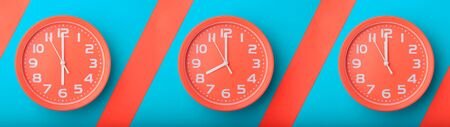 Orange clock showing time different time zones web banner. Zdjęcie Seryjne