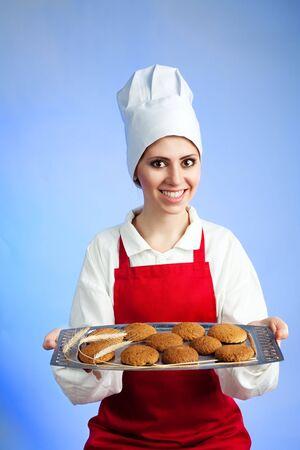 Herbatniki świeżego owsa oferowanych przez chef na tacce Zdjęcie Seryjne