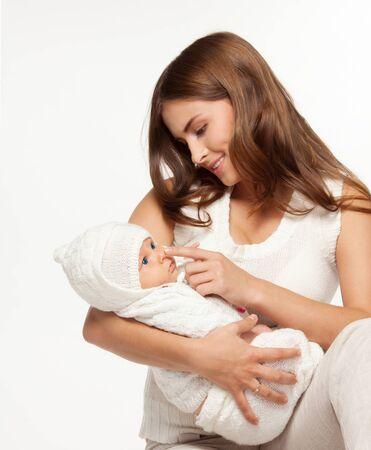 Matka gry z jej adorable baby mało
