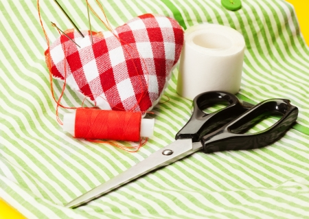stitchcraft: Scissors, sewing roll and pad for needles
