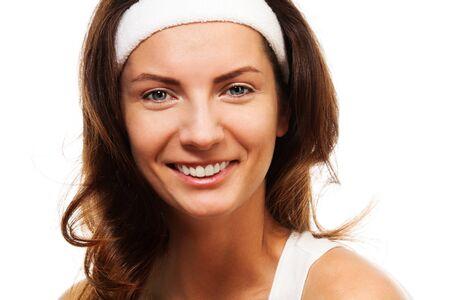 cintillos: Mujer feliz belleza close-up retrato de mujer sonriente, vestido con banda para mantener el cabello largo