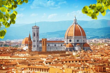 Basilica di Santa Maria del Fiore cathedral in Tuscany, Italy 스톡 콘텐츠