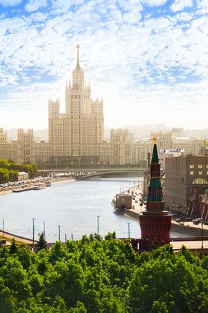 kotelnicheskaya embankment: Sunny day view on Kotelnicheskaya embankment Stock Photo