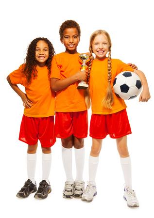 Happy kids winnaars van voetbalwedstrijden