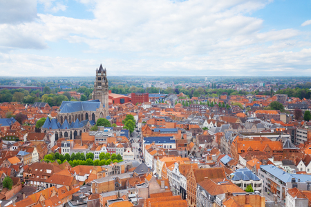 cathedrale: Cityscape with Cathedrale saint Sauveur in Bruges during summer, Bruges, Belgium