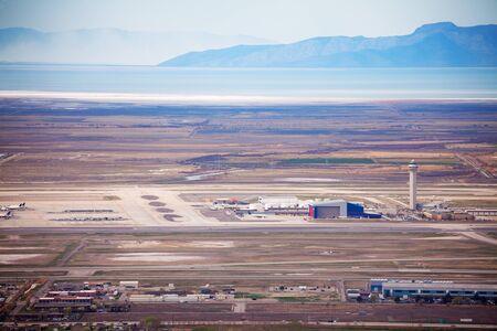sal: Vista del aeropuerto durante el día en Salt Lake City, EE.UU. Foto de archivo